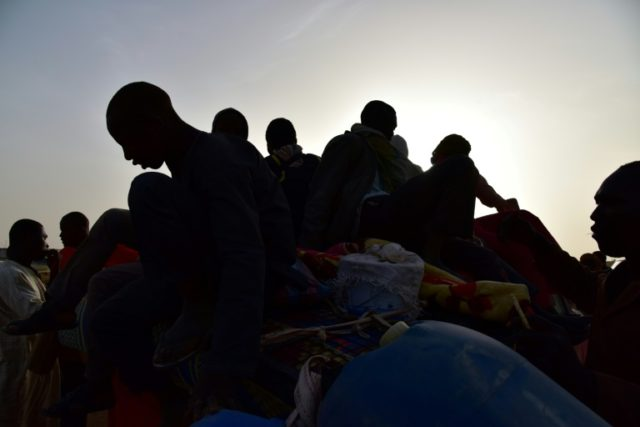 Hundreds of African migrants rescued from Niger desert