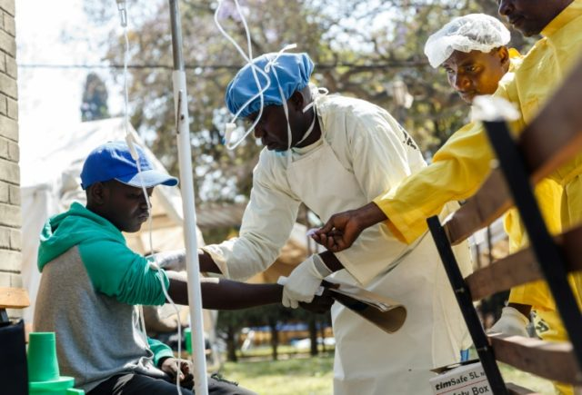 Public gatherings banned in Zimbabwe capital over cholera