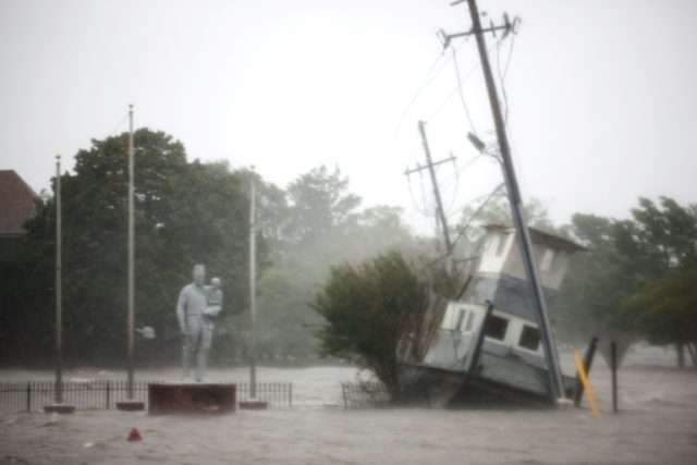 Five dead in Carolinas as Florence brings ´epic´ floods