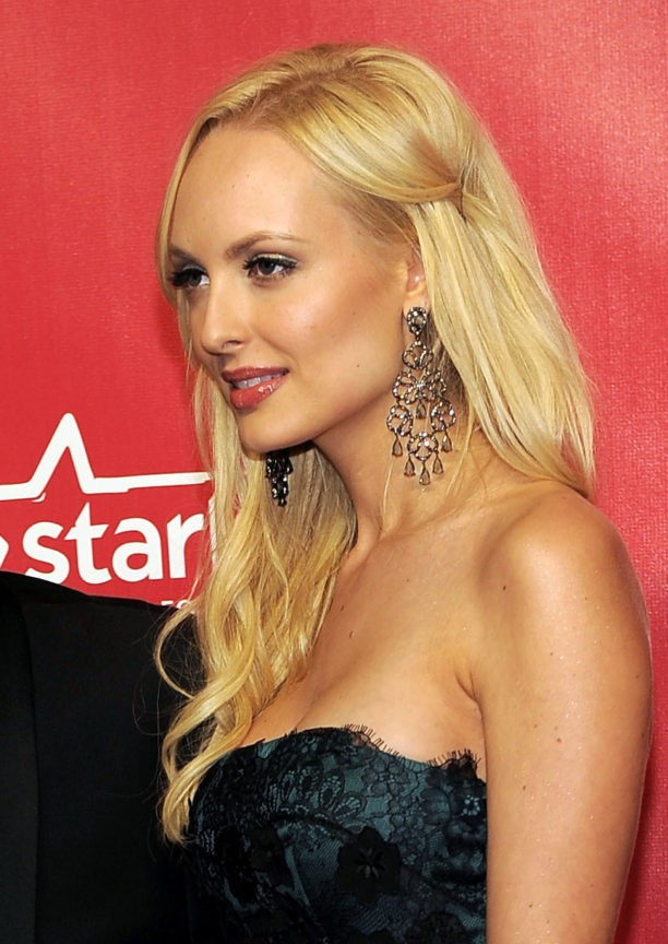 Playmates suit bares details about affair with GOP donor