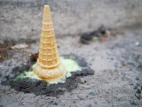 Ice cream spilled (Johnathan Nightingale / Flickr / CC)