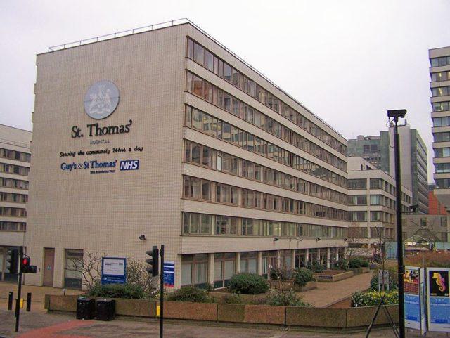 798px-St_Thomas_Hospital_-_SB