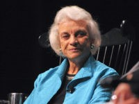 Sandra Day O'Connor Reveals She Has 'Beginning Stages of Dementia'