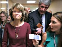 Murkowski-Votes-No-Chip-SomodevillaGetty-Images.jpg October 6, 2018 70 KB 640 × 480 Edit Image URL https://media.breitbart.com/media/2018/10/Murkowski-Votes-No-Chip-SomodevillaGetty-Images.jpg Title Murkowski Votes No