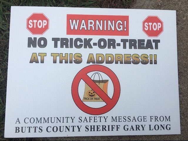 No Trick-or-Treat Signs placed by GA Sheriff - Facebook