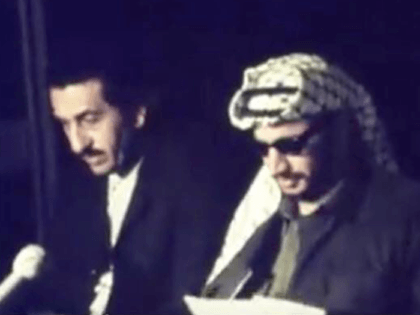 Abu Youssef and Yasser Arafat (Yasser Al-Najjar / Facebook)