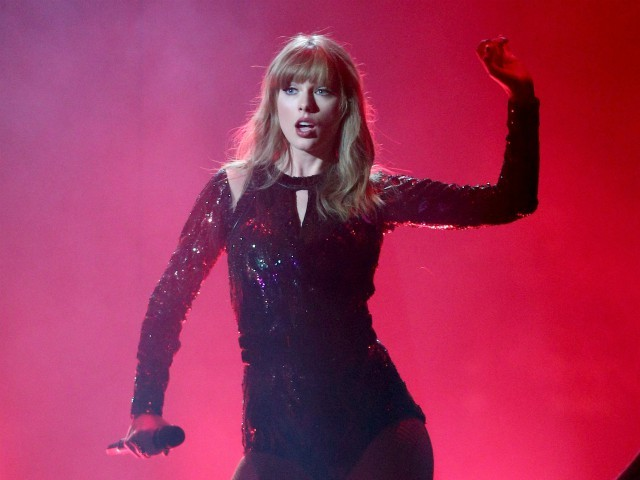 Taylor Swift Headlined American Music Awards Ratings Crash to All-Time Low