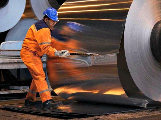 aluminum worker