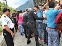 caravan-migrants-hondurans