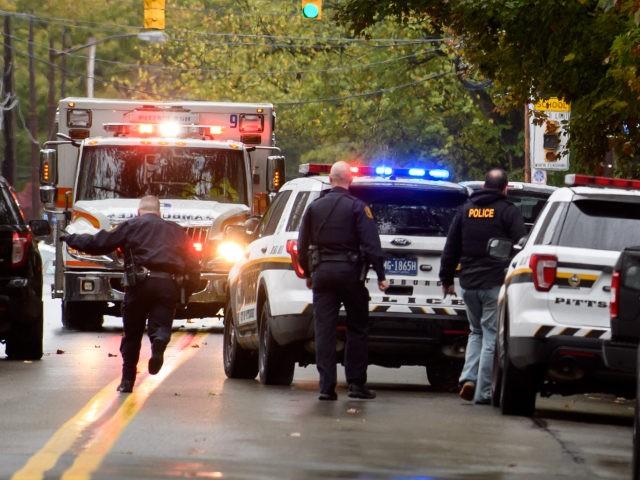 pittsburgh-synagogue-shooting-ambulance-getty