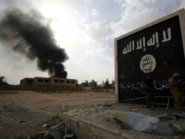 Alleged Islamist Terror Recruiter Allowed to Settle in England
