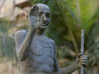 'Gandhi Must Fall' Campaign Launched in Malawi Against 'Racist' Statue
