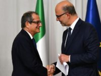 Italy's Finance Minister Giovanni Tria (L) and EU finance chief Pierre Moscovici met in Rome last week
