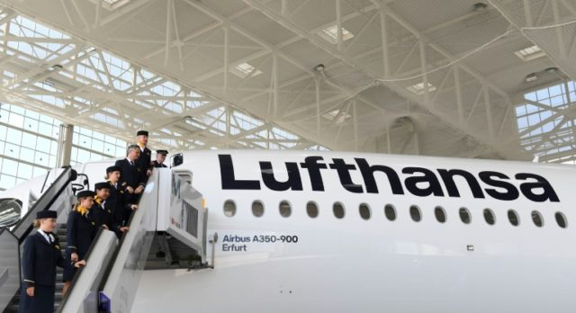 Higher fuel costs clip Lufthansa's wings in third quarter