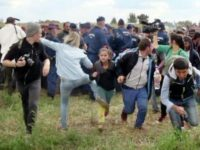 Hungarian camerawoman acquitted in migrant skirmish