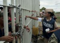 Migrants vow to re-form caravan, continue north toward US