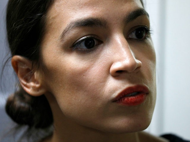 New York Democrat candidate for Congress Alexandria Ocasio-Cortez campaigns for Michigan Democratic gubernatorial candidate Abdul El-Sayed at a rally on the campus of Wayne State University July 28, 2018 in Detroit, Michigan. (Photo by Bill Pugliano/Getty Images)
