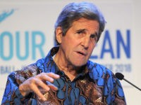 Former US secretary of state John Kerry speaks during the fifth Our Ocean Conference in Nusadua, Indonesia's resort island of Bali, on October 29, 2018. - The 5th Our Ocean Conference will held in Bali from 29 to 30 October 2018. (Photo by SONNY TUMBELAKA / AFP) (Photo credit should …