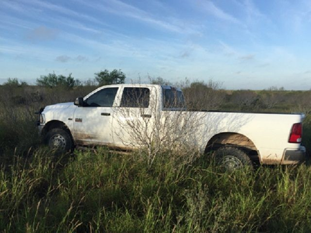 Border Patrol agents in Freer, Texas, seized four vehicles and arrested 46 migrants in failed human smuggling attempt. (Photo: U.S. Border Patrol/Laredo Sector)
