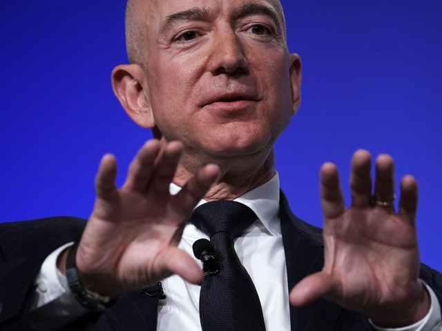 WSJ: Lauren Sanchez's Brother Sold Jeff Bezos' Erotic Texts for $200K
