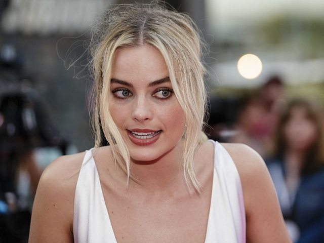SYDNEY, NEW SOUTH WALES - JANUARY 23: Margot Robbie arrives at the Australian Premiere of 'I, Tonya' on January 23, 2018 in Sydney, Australia. (Photo by Brook Mitchell/Getty Images)