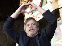 Actor Mark Hamill is honored with a star on the Hollywood Walk of Fame on March 8, 2018, in Hollywood, California. / AFP PHOTO / VALERIE MACON (Photo credit should read VALERIE MACON/AFP/Getty Images)