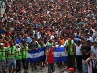 Migrants in New Caravan Fleeing to Find Jobs