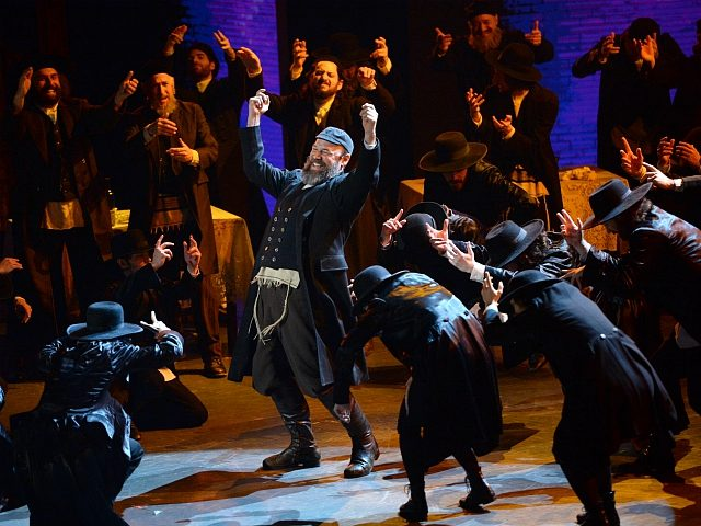 "Danny Burstein and the cast of ""Fiddler on the Roof"" perform at the Tony Awards at the Beacon Theatre on Sunday, June 12, 2016, in New York. (Photo by Evan Agostini/Invision/AP)"