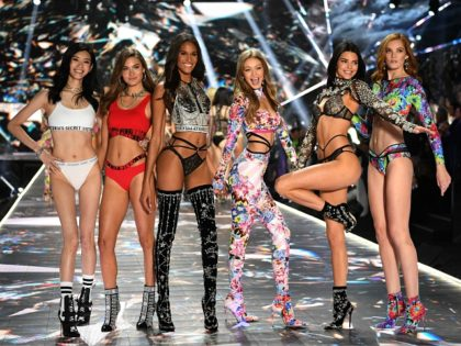 (FromL) Chinese model Ming Xi, US model Grace Elizabeth, French model Cindy Bruna, US model Gigi Hadid, US model Kendall Jenner and British model Alexina Graham walk the runway at the 2018 Victoria's Secret Fashion Show on November 8, 2018 at Pier 94 in New York City. - Every year, …