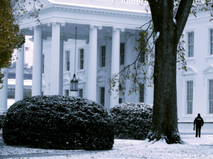 NOVEMBER 15: Snow and sleet from Winter Storm Avery covers the ground at the White House November 15, 2018 in Washington, DC. After moving through the Midwest, the storm is dropping a wintry mix of snow, sleet and freezing rain, forcing schools to close or delay opening in the Washington, …
