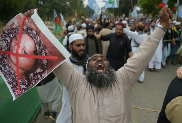 Pakistan blasphemy Christian still in jail one week on