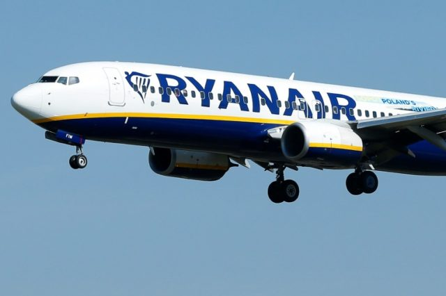 The French authorities stopped a Ryanair plane from taking off to put pressure on the airline