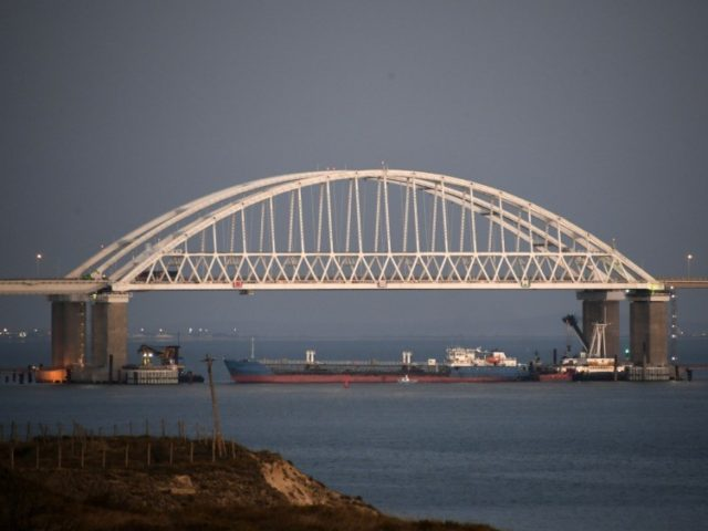Russia, Ukraine trade blame over naval incident near Crimea