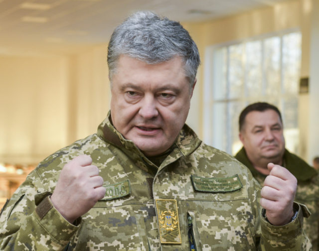Russia Ukraine war: Putin's tanks 'massing on border for invasion', claims Poroshenko