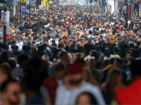 UK Population Set to Hit 70m in Decade, 3/4rs Driven by Migration