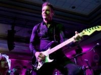 LOUISVILLE, KY - MAY 04: Actor/musician Dennis Quaid performs onstage during the Unbridled Eve Gala during the 144th Kentucky Derby at Galt House Hotel & Suites on May 4, 2018 in Louisville, Kentucky. (Photo by Michael Loccisano/Getty Images fro Unbridled Eve)