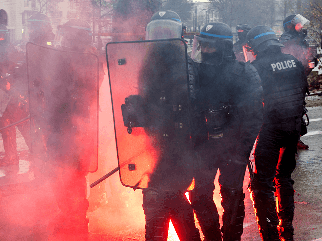 'Yellow vests' riots increase pressure on Emmanuel Macron