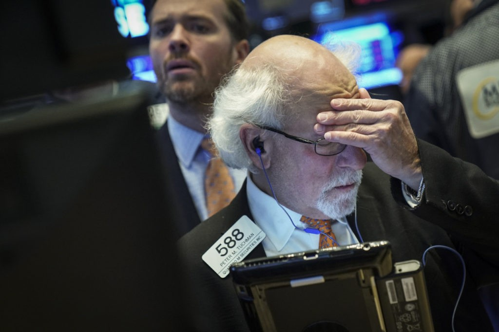 Dow Plunges by Nearly 800 Points on Fears of Economic Slump