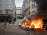 France Expects 'Great Violence' For Yellow Vest Paris 'Act IV' Protest