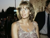 Penny Marshall, Director and Star of 'Laverne & Shirley,' Dead at 75