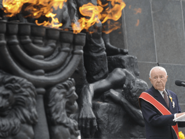 In this Friday, April 19, 2013, file photo, Simcha Rotem, the last known remaining Jewish fighter from the 1943 Warsaw ghetto uprising against the Nazis, speaks in front of the Warsaw Ghetto Uprising memorial during the revolt anniversary ceremonies in Warsaw, Poland. Rotem has died on Sunday, Dec. 23, 2018. …