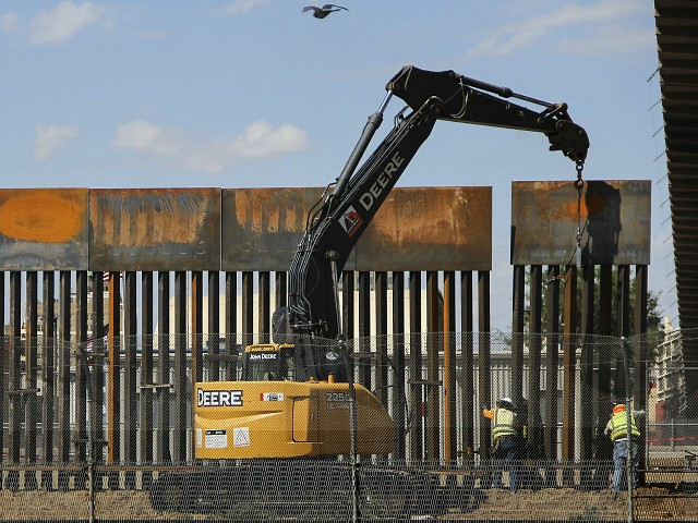 Kobach: GoFundMe Campaign for Border Wall Will Shatter All Records