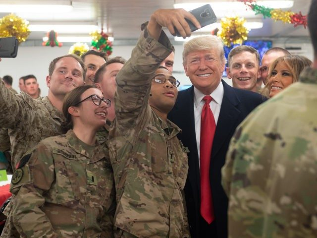 trump-iraq-christmas-selfies-getty-640x480