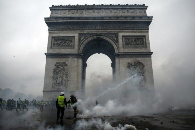 Arc de Triomphe to reopen after Paris protest damage