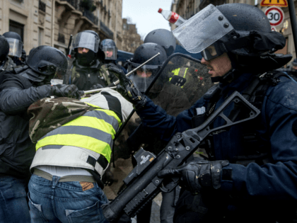 Paris Picks Up the Pieces After Protests