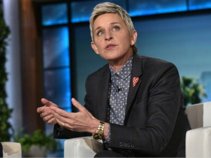 US President Barack Obama and talk show host Ellen DeGeneres are seen during a break in the taping of The Ellen DeGeneres show at Warner Brothers Studios in Burbank, California on February 11, 2016. / AFP / Mandel Ngan (Photo credit should read MANDEL NGAN/AFP/Getty Images)