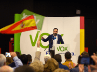 Santiago Abascal, leader of Spain's far-right party VOX, gives a speech during a campaign meeting ahead of regional elections in Andalusia, on November 26, 2018 in Granada. - With a tough line on immigration and Catalan separatism, Spain's tiny far-right party VOX is starting to make waves and could win …