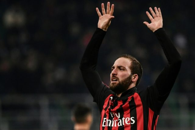 Higuain must earn permanent Chelsea deal - Sarri