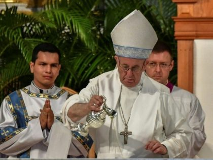 Pope Francis officiates at a mass at the centuries-old Cathedral Basilica of Santa Maria la Antigua in Panama City on January 26, 2019 during a global youth gathering