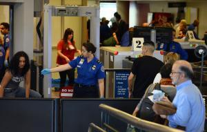 TSA workers calling in sick amid shutdown, union says; DHS denies